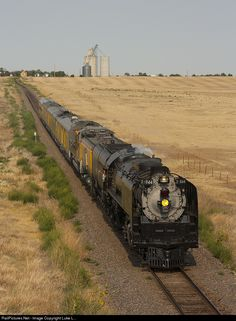Net Photo: UP 844 Union Pacific Steam at Salina, Kansas by Luke L. By Train, Train Car, Train Tracks, Tramway, Union Pacific Railroad, Old Trains, Train Pictures, Train Engines, Steam Engine