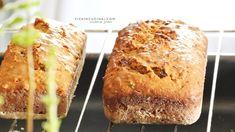 Plumcake integrale alle noci, uvetta, e marmellata di ciliegie. È un dolce rustico, ricco di fibre, con meno zuccheri rispetto ad un plumcake normale.