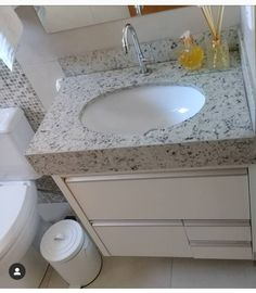 Compact Bathroom, Small Bathroom Vanities, Bathroom Storage, Double Bed Designs, Washbasin Design, Teak, New Homes, Vanity, Blog