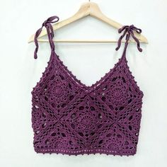 - Source by sylviarinkenbach - Crochet Bra, Mode Crochet, Crochet Shirt, Crochet Crop Top, Crochet Crafts, Crochet Clothes, Crochet Stitches, Crochet Projects, Diy Crafts