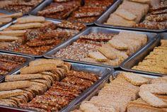 Brot ist nicht nur lecker mit dem richtigen Brotaufstrich, sondern kann gesund oder ungesund sein. was-koch-ich-heute.de hat Tipps und Rat zum richtigen Brotkauf  #essen #trinken #brot #einkaufsratgeber Rat, Almond, Food, Cool Recipes, Sandwich Spread, Food Drink, Food Food, Tips, Meal