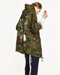 Discover the new ZARA collection online. Army Camo Jacket, Outerwear Women, Fashion Books, Zara Women, Jacket Style, Autumn Winter Fashion, Coats For Women, Ideias Fashion, Vintage Outfits