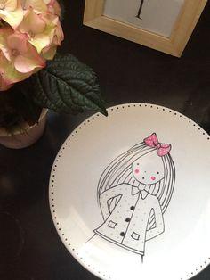 Illustration rose moustache Rose Moustache, Sharpie Crafts, Decorative Plates, Tableware, Illustration, Pink Cards, Children, Dinnerware, Tablewares
