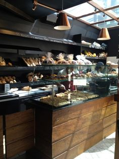Mr. Baker: Rua Pedroso Alvarenga 655 – Itaim #SP #shopping #food #baguette