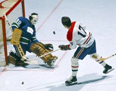 Canadiens vs. Canucks.