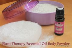 This is truly an EASY to make body dusting powder, minus the talc and other harsh chemicals. Talc is known to cause health problems including cancer. Recently, I was reading the ingredients list… Natural Essential Oils, Natural Oils, Natural Beauty, Natural Cures, Plant Therapy Essential Oils, Perfume Making, Body Powder, Homemade Beauty Products, Natural Products