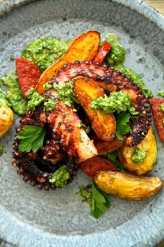 T&T [Octopus with Chorizo, Fingerlings and Salsa Verde] - Seafood Recipes Octopus Recipes, Fish Recipes, Seafood Recipes, Appetizer Recipes, Cooking Recipes, Healthy Recipes, Yummy Recipes, Fish Dishes, Seafood Dishes