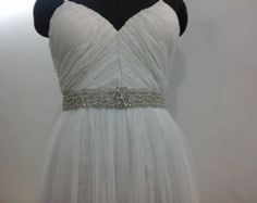 Bridal Wedding Dress Rhinestone Beaded Crystal door CrestnCrew