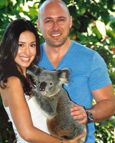 Family portrait. #koala #currumbin #currumbinwildlifesanctuary #queensland #goldcoast #nature #koalabear #cuddly #animal #animallovers #animalsofinstagram #instaanimal #travel #wanderlust #australia #aussie #ig #igers #instagram #instatravel #travelgram #picoftheday #photooftheday #instagood #instapic #instalike #instadaily by jdubbs79 http://ift.tt/1X9mXhV