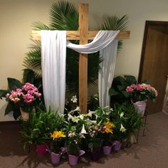 Easter Decorating Ideas For Church tulle & floral church decoration ideas for easter | supplies
