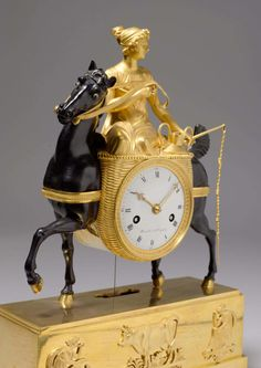 Vintage Stuff and Antique Designs Antique Pendulum Wall Clock, Antique Wall Clocks, Vintage Clocks, Sistema Solar, Classic Clocks, Retro Clock, Wall Clock Online, Clocks For Sale, Mantel Clocks