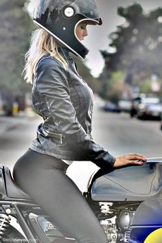 pin-up ,vintage cars ,hot rod,u.s cars,mucle cars