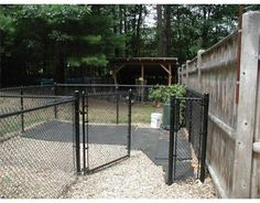 nice dog kennel for your backyard