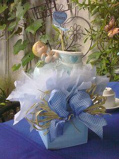 Fiesta on pinterest mesas baptisms and baptism centerpieces - Centros para decorar mesas ...