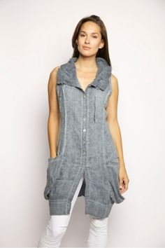 Long Linen vest from INIZIO italy super cute with cropped leggings!