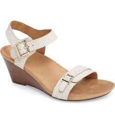 b50d52b5ca09 Main Image - Vionic  Laurie  Sandal (Women) Nordstrom Shoes