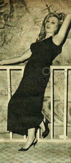 Filiz Akın Bar, Mona Lisa, Retro, Film, Artwork, Movie, Work Of Art, Film Stock, Auguste Rodin Artwork