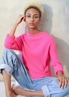 Made from 100% cashmere, it's made to a loose silhouette with flattering directional ribbing, a wide sporty neck & long sleeves that can be rolled up – pure sports luxe.    #cashmere #slowfashion #styleinspiration Sports Luxe, Slow Fashion, Cashmere Sweaters, Sporty, Silhouette, Pure Products, Style Inspiration, Long Sleeve, Fitness