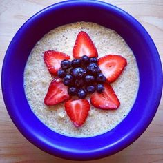 Quinoa Porridge | 25 Meat-Free Clean Eating Recipes That Are Actually Delicious
