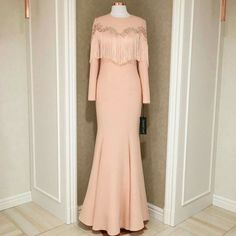 58 ideas for dress hijab chiffon evening gowns - 58 ideas for dress hijab chiffon evening gowns - Hijab Prom Dress, Hijab Gown, Hijab Evening Dress, Evening Dresses, Prom Dresses, Muslim Fashion, Modest Fashion, Hijab Fashion, Fashion Dresses