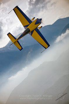 Extra 300 over the San Bernadino Mountains Post War Era, Float Plane, Nose Art, Aviation Art, Gliders, World War I, Aircraft, Adventure, Mountains