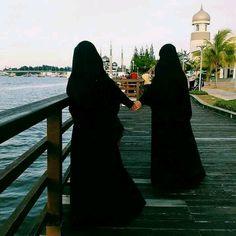 Muslimah Friend's