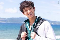 Shining 2, European Men, Boyfriend Photos, Ulzzang Korea, Cartoon Jokes, Cute Gay Couples, Thai Drama, Handsome Boys, Boyfriend Material