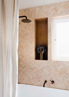 minimal bathroom ins minimal bathroom inspiration Big Bathrooms, Beautiful Bathrooms, Small Bathroom, Pink Bathroom Tiles, Warm Bathroom, Neutral Bathroom, Bathroom Black, Bathroom Showers, Vanity Bathroom