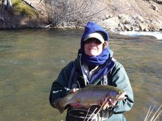 Colorado Offers fly-fishing float trips to the Patagonian Trout Rivers and lakes, also provides photos and information about accommodations and cuisine.