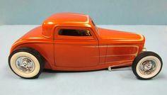 Custom Hot Rod Model Cars.1932 Ford three window coupe. 1 25 scale.