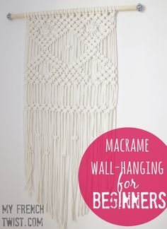 Wall hanging macrame diy beds 45 new Ideas Macrame Projects, Diy Projects, Diy Xmas, Macrame Wall Hanging Diy, Macrame Wall Hangings, Macrame Curtain, Hanging Wall Art, Macrame Design, Macrame Tutorial