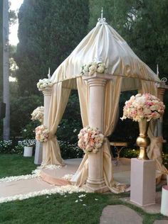 Indian wedding mandap-decor dea stages w wedding decorations Wedding Altar Decorations, Wedding Altars, Wedding Mandap, Wedding Gazebo, Gazebo Decorations, Wedding Arches, Wedding Canopy, Chuppah, Event Decor