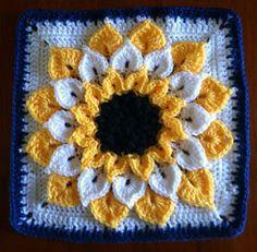 """Este hermoso punto llamado """"cocodrilo"""" o """"escama"""". Recibe su nombre justamente por su apariencia similar a la de las escamas de un cocodrilo...... Crochet Square Blanket, Crochet Squares Afghan, Crochet Pillow, Crochet Granny, Crochet Cushions, Granny Square Crochet Pattern, Crochet Blocks, Crochet Stitches Patterns, Granny Squares"""