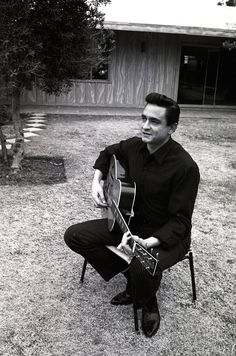 Johnny Cash Albums, Johnny Cash Show, Johnny Cash Quotes, Country Musicians, Country Music Singers, Rockabilly, Arkansas, John Cash, Tennessee