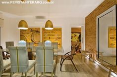 Sala de jantar idealizada por Pedro Garcia Lopes. http://www.comore.com.br/?p=26769 #revistainterarq #pedrogarcialopes #propostaatual #coletanea #projeto #architetura #interarqinterior #architecture #archdaily #cool #contemporary #decor #design #decoration #home #homestyle #instadecor #instahome #homedecor #interiordesign #lifestyle #modern #ideas #interiordesigns #luxuryhome #inspiration #homedesign #saladejantar