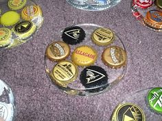 DIY beer cap coasters good use for all my beer caps! Bottle Cap Art, Bottle Cap Crafts, Bottle Top, Diy Bottle, Glass Bottle, Bottle Cap Table, Bottle Cap Coasters, Diy Coasters, Homemade Coasters
