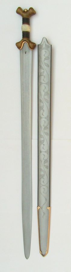 Celtic sword. 2nd Century BC. sword: La Tene, Switzerland  scabbard: Ulster, Nord Ireland Celtic Sword, Viking Sword, Medieval Armor, Medieval Fantasy, Knives And Tools, Knives And Swords, Survival Weapons, Ancient Vikings, Swords And Daggers