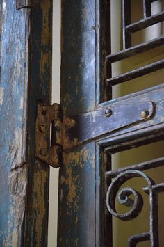 When visiting a new furniture/accessory/antique store in town, we came across these magnificent antique wood and iron shutters. The design consultant said that… Metal Shutters, Exterior Shutters, Antique Stores, How To Antique Wood, Design Consultant, New Furniture, Wrought Iron, Front Porch, Door Handles