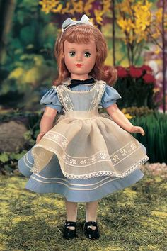 American composition Alice In Wonderland Doll by Madame Alexander - 1938.