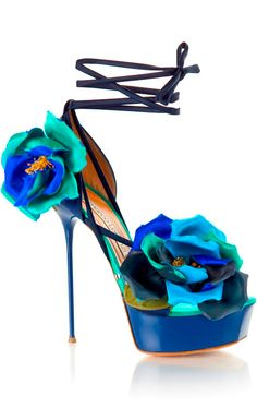 Gianmarco Lorenzi - These are beautiful, but I would never be able to walk in them - I can barely walk in #flats!!!