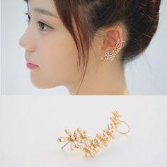 Dream Girl Ear Cuff от MAPSYstore на Etsy, $18.00