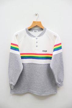 a3a32222dcb Vintage BENETTON FORMULA 1 Small Logo Gray Sweater Sweatshirt Gray Sweater