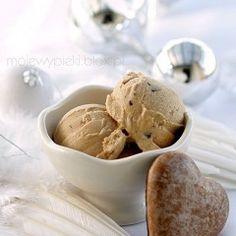 For dessert the next time I make brunch? Ice Cream Treats, Ice Cream Desserts, Ice Cream Party, Frozen Desserts, Ice Cream Recipes, Frozen Treats, Waffle Ice Cream Sandwich, Ice Creamery, Frozen Yoghurt