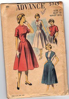 "1950s Vintage Sewing Pattern: Suspender Skirt & Blouse. Advance 5749. 35"" Bust"