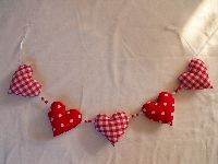 fabric hearts garlands DIY crafts christmas tree