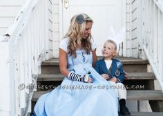 Coolest Homemade Wonderland Family Costume: Alice, Cheshire Cat, Queen of Hearts, White Rabbit and Mad Hatter Costumes ... This website is the Pinterest of costumes