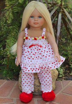 18 inch dolls and doll fashions to fit American Girl. Visit www.harmonyclubdolls.com