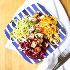 This Spiralised Salad with Sichuan Spiced Tofu is a rainbow on a plate. Full of delicious flavours and textures, it's perfect for summer!