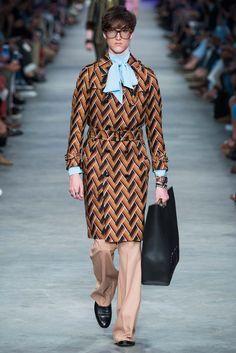 Gucci Primavera 2016 – Mr. & Mrs. Gucci Mens Trench Coat