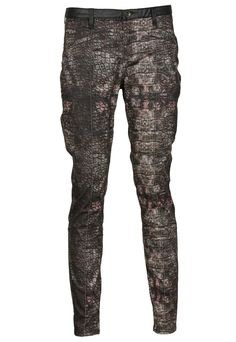 Pantaloni ZARA Colle Dark Purple - doar 79,90 lei. Zara, Lei, Dark Purple, Parachute Pants, Sweatpants, Fashion, Moda, Fashion Styles, Fashion Illustrations